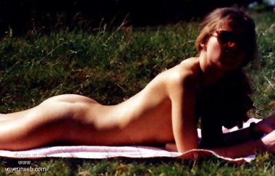 Pic #1 Emily nude in public