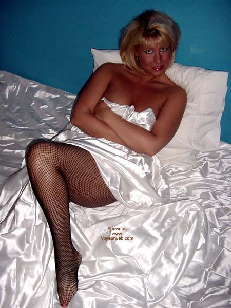 Pic #1 *Be* Jeannie In Bed