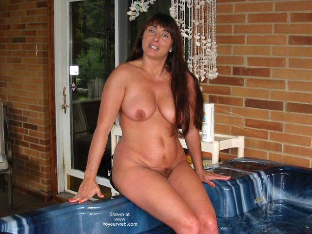 Pic #1 Victoria Hot Hot Tub!!!!