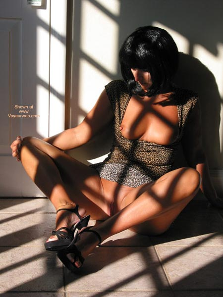 Girl With Open Dress Sitting On Floor - Black Hair, Sandals, Shaved Pussy, Showing Tits , Girl With Open Dress Sitting On Floor, Exposed Tits, Exposing Pussy, Black Sandals, Black Hair, Black High Heels Sandals, Shaved Pussy
