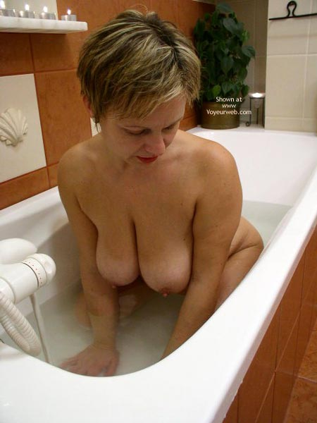 Pic #1 *Tu Maria In The Bath