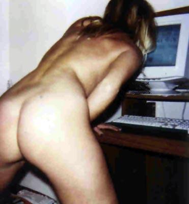 Pic #1 Cindy viewing Voyeurweb