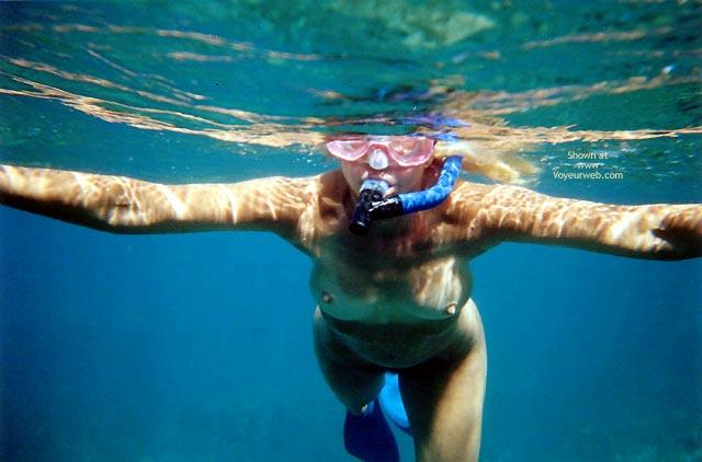 Underwater Nude , Underwater Nude, Nude Snorkeling, Nude Underwather, Nude In Ocean, Small Aerolas