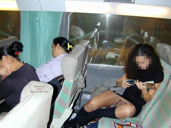 Pussy Flash In Public - Flashing , Pussy Flash In Public, Public Transport Flashing