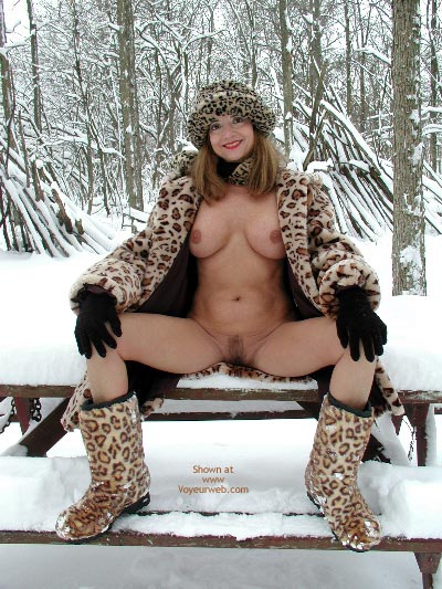 Flashing - Flashing, Snow , Flashing, Sitting On Bench, Snow, Snow Lepoard Flashing, Snow Leopard, Sitting Outside In The Snow, Spreading In The Snow