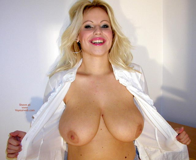 Blonde Flashing Breast - Big Tits, Eye Contact, Smiling , Blonde Flashing Breast, Big Tit Blonde, Smiling, Big Breasts, Looking At You, Eye Contact, Big Smilte Big Tits