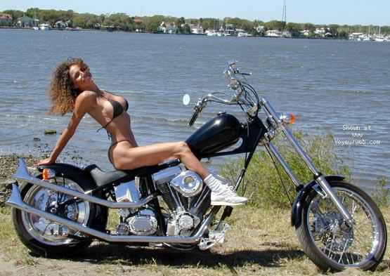 Pic #1 Homer's Kat at Bike Week 2000 - PART 1