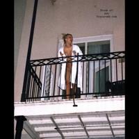 *MG Balcony Dancer