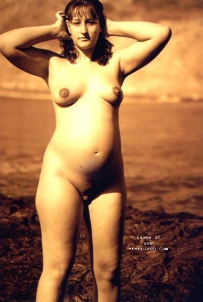 Pic #1 Sindy Pregnant@the Beach 4