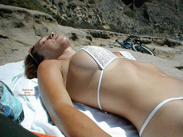 Pic #1 Kim4kate Naked Beach