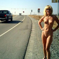 Naked On Roadside , Naked On Roadside, Belly Chain, Blonde With Glasses, Pert Mature Blond With Shaven Pussy