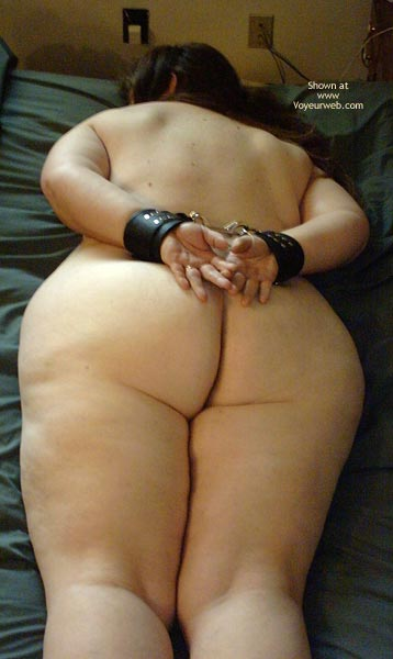 Pic #1 Peaches (Bbw) In Bondage