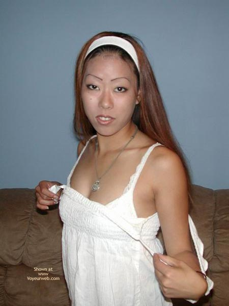 Stripping Asian hottys