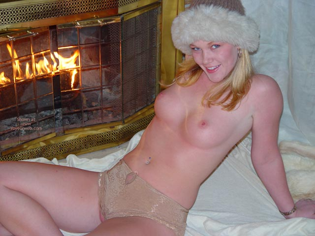 Round Mounds - Skin , Round Mounds, Topless By Fireplace, Pink Skin, Kinky Look, Peek A Boo Pussy, Elfen Girl