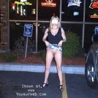 *RF Blonde Kelly at the Bar