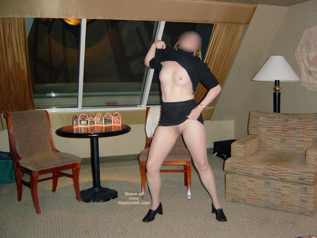 Pic #1 Wife Displayed In Casino