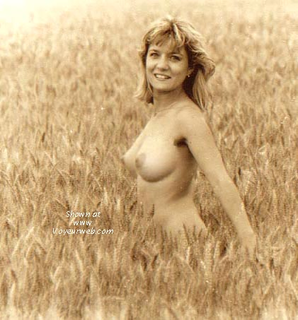 Pic #1 Lorraine & The Fields Of Gold