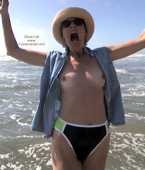 Pic #1 Bobbi at the Beach