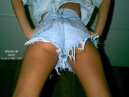 Pic #1 Short legs in Short Shorts