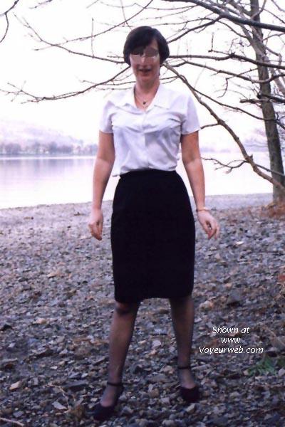Pic #1 Brit By Lake