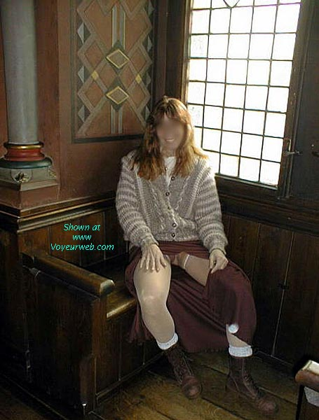 Pic #1 Chevas' Girl at the Castle