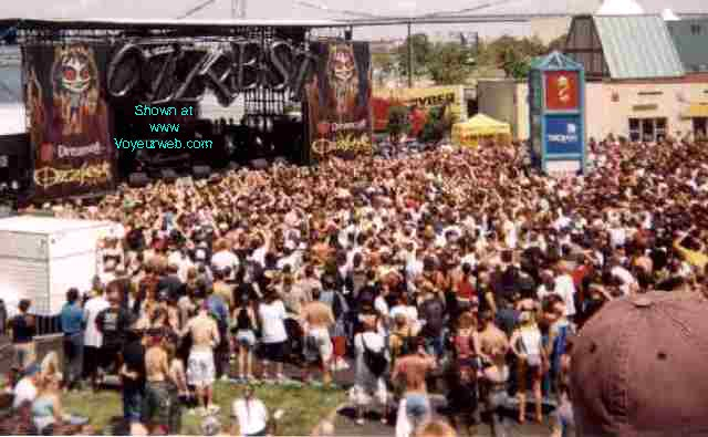 Pic #1 OZZFEST 2000 -- Camden NJ