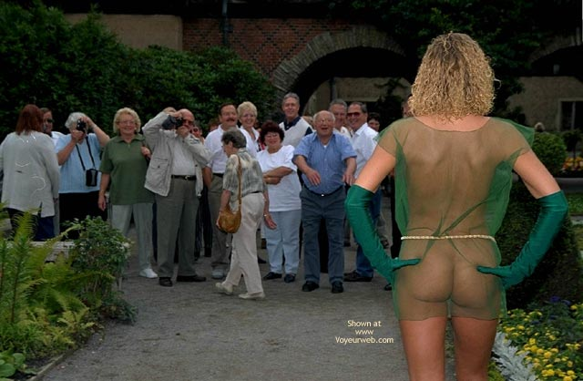 Pic #1 Naked Annabella And Public Reactions