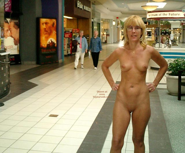 Unaware Audience - Glasses, Nude In Public, Shaved Pussy , Unaware Audience, Nude In Public, Glasses, Fully Eip, Totally Nude  Shaved Pussy, Nude In Mall With Shocked Observers