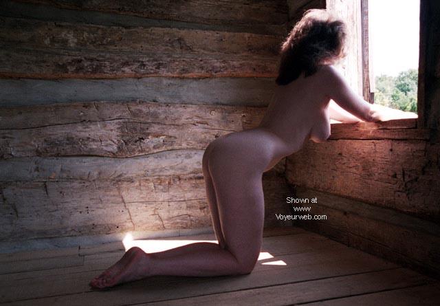 Pic #1 English Wife - Ye Olde' Rustic Cabin #2