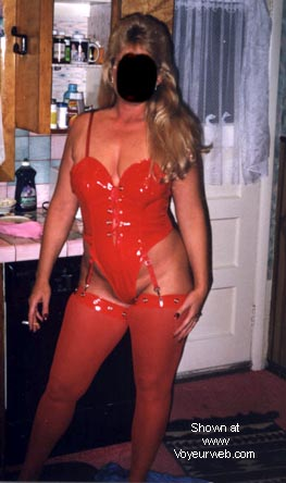 Pic #1 Naughty's new red outfit.
