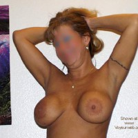 43 and loves to show off (BLUR)