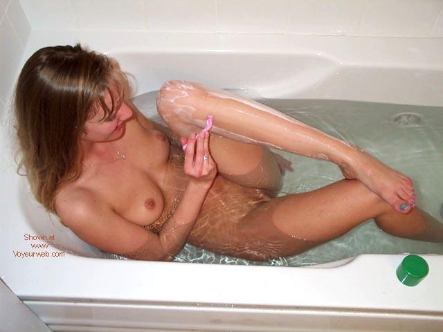 Pic #1 Gotta love bath time