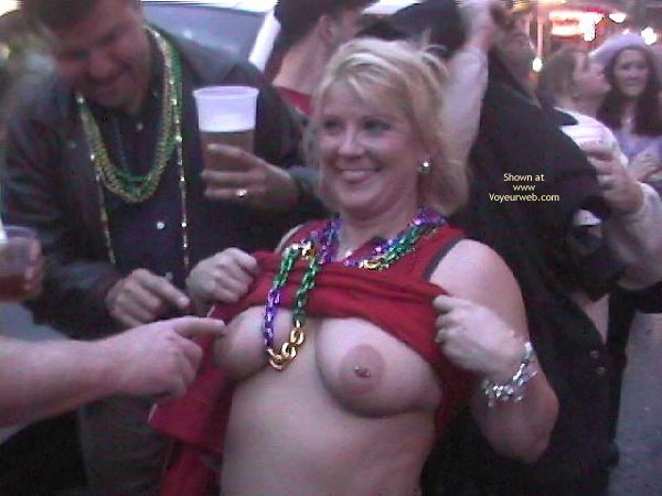 Pic #1 Mardi Gras Flashing