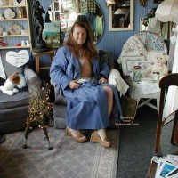 Antique Shopping : Redhead In Seattle