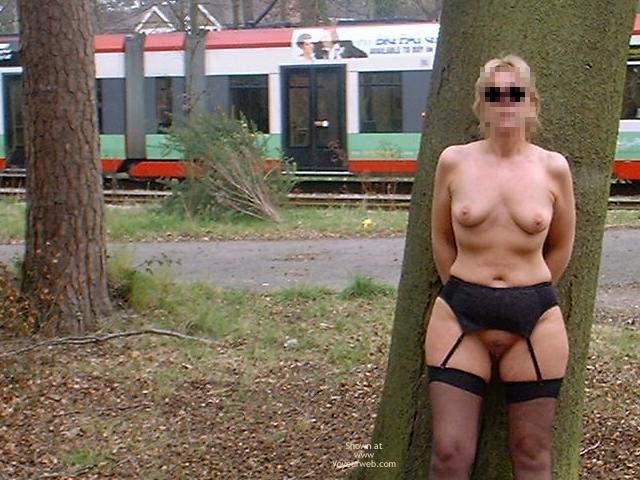 Pic #1 Sue : Lilac Gds, Shrublands, Croydon  Nude