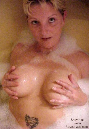 Pic #1 Canadian Maid in tub #4
