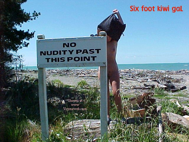 Pic #1 sixfootkiwigaL (12) No nudity?