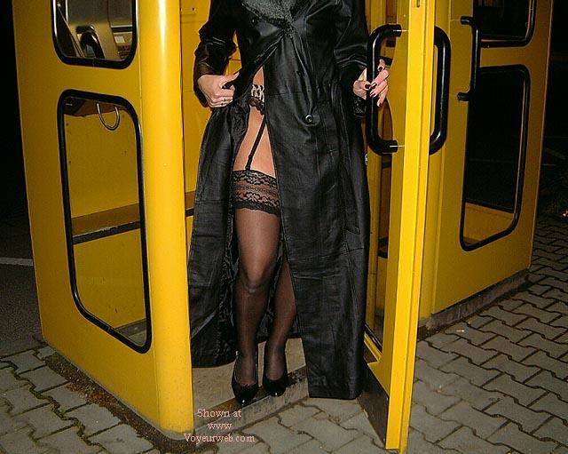 Pic #1 Frau in Nylons Teil2
