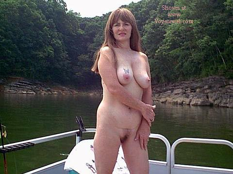 Pic #1 Southern Wife Outside