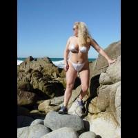 Curvykay - On The Rocks