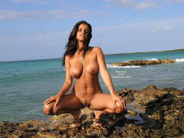 Salty Spread - Cleavage, Spread , Salty Spread, Italiana Clam And Cleavage, Tits And Lips With Attitude, Naked On The Sea Shore