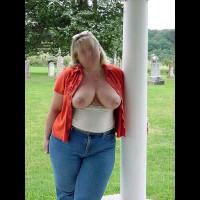 *Lb At The Grave Yard