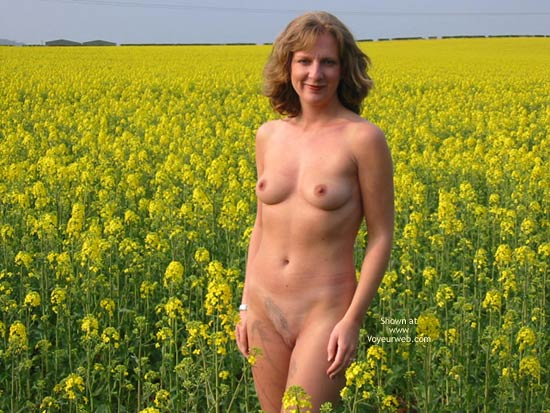 Pic #1 Saucyminx In Yellow Flowers