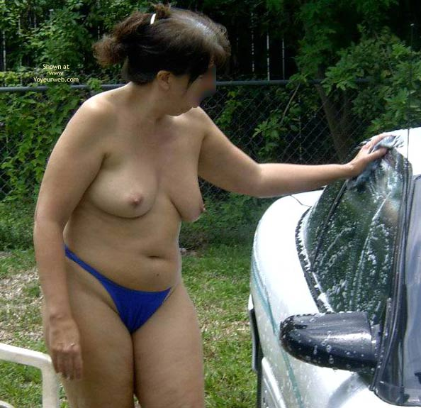Pic #1 Wife 48 Car Wash