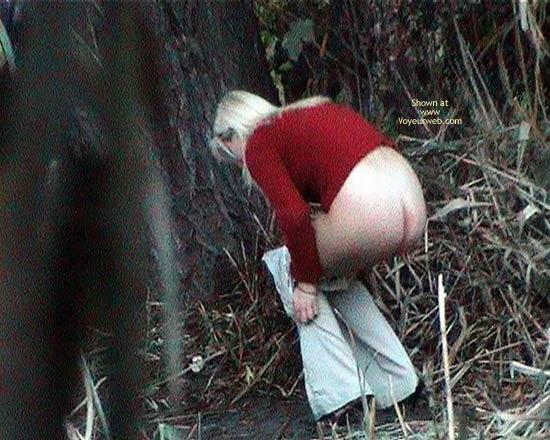 Pic #1 Blondy Pee