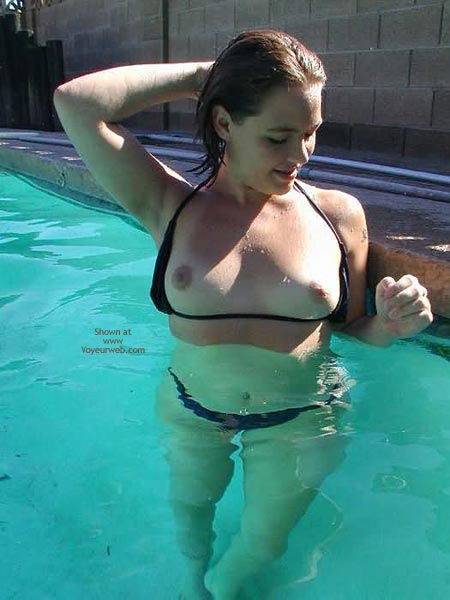 Pic #1 Hot Summer In The Pool