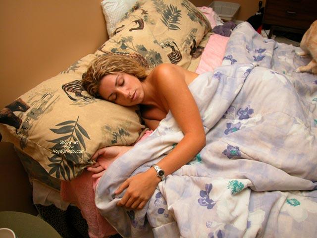 Pic #1 Wake Up Nikki!