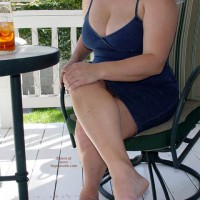 Curvy Kay On The Porch
