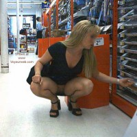 Blonde Kelly in the Office Supply Store