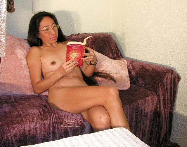 Pic #1 Naked Lady Reading